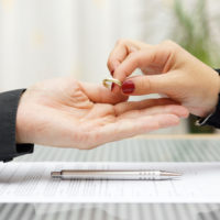 Wife gives ring back to husband proceeding divorce